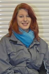 Jana Grimm (Rollladen- und Sonnenschutzmechatronikerin in Ausbildung)